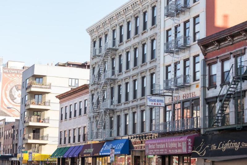 Bowery Grand Hotel