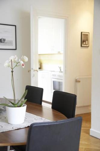 Stockholm Checkin Apartment Alvik