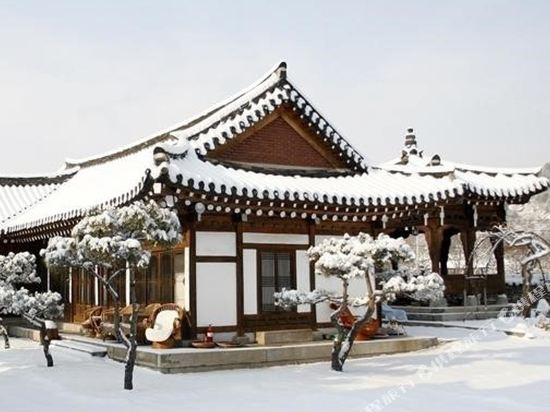 Gallery image of Danyang Hanok Pension