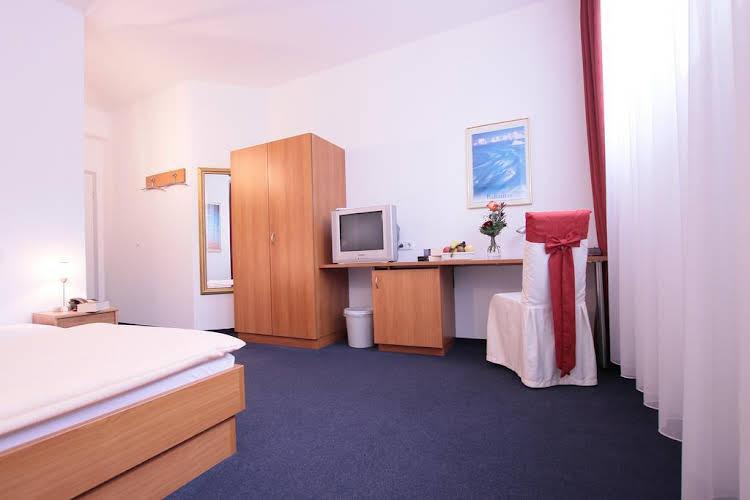 Hostel Ib Hotel