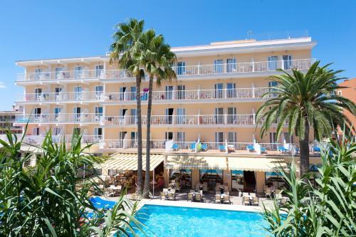 Universal Hotel Bikini - Cala Millor