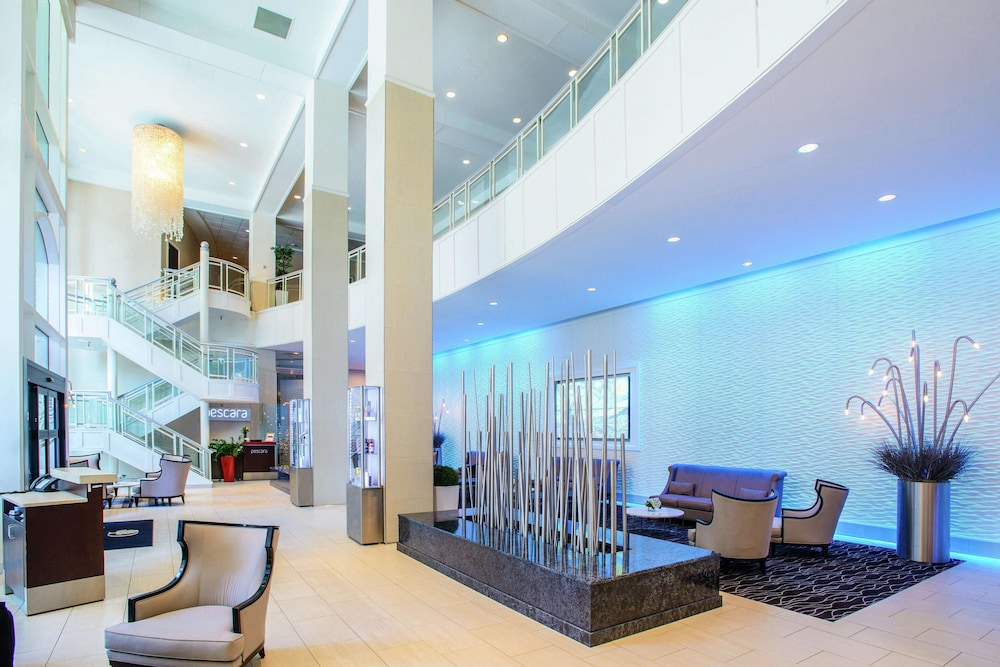 DoubleTree by Hilton Hotel Rochester Mayo Clinic Area