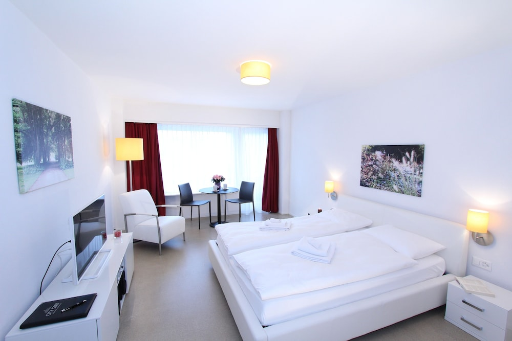 City Stay Furnished Apartments Forchstrasse
