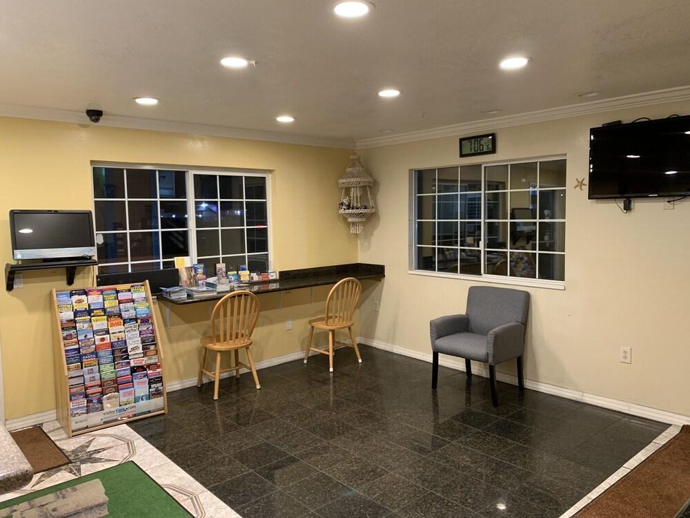 Gallery image of Sand Castle Inn