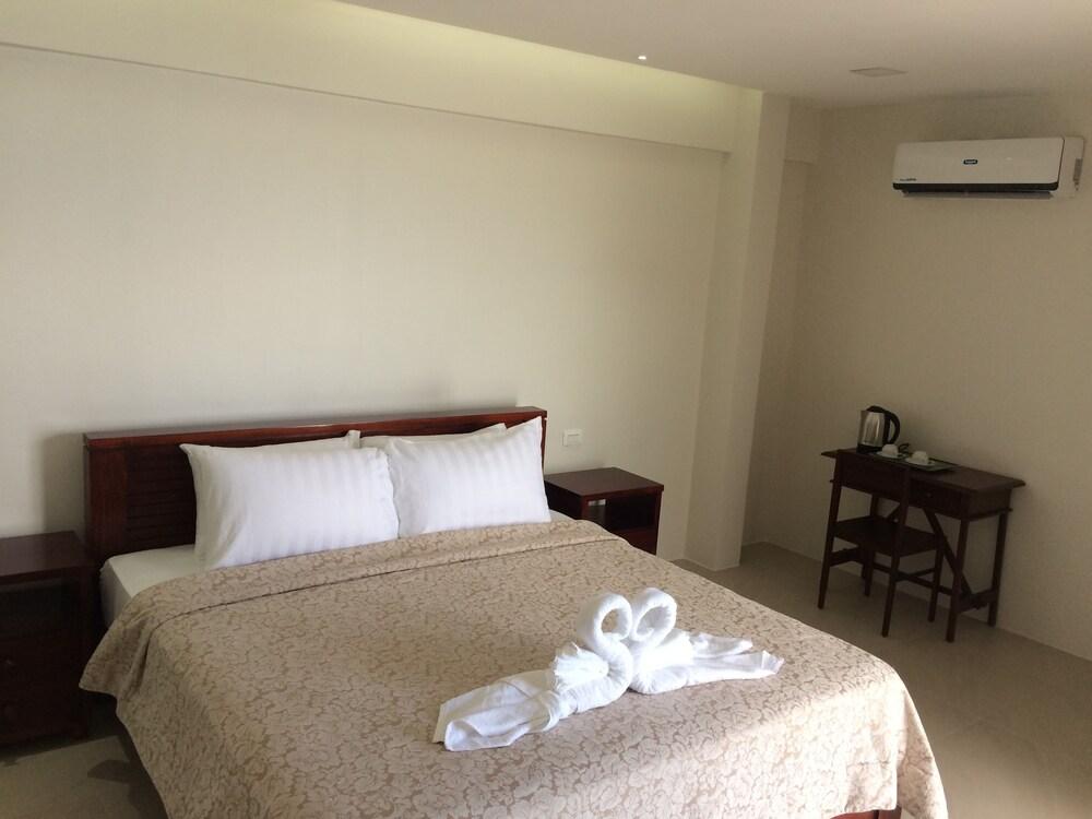 Gallery image of Puerto Nirvana Resort