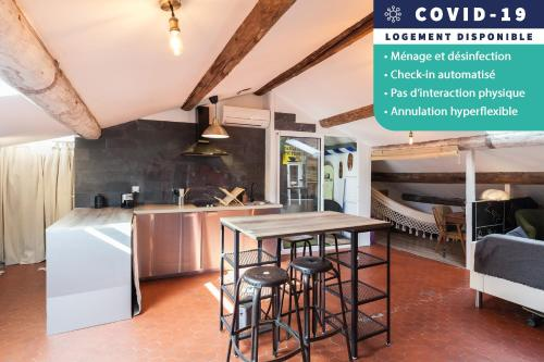 Charming apartment under the roofs Castellane