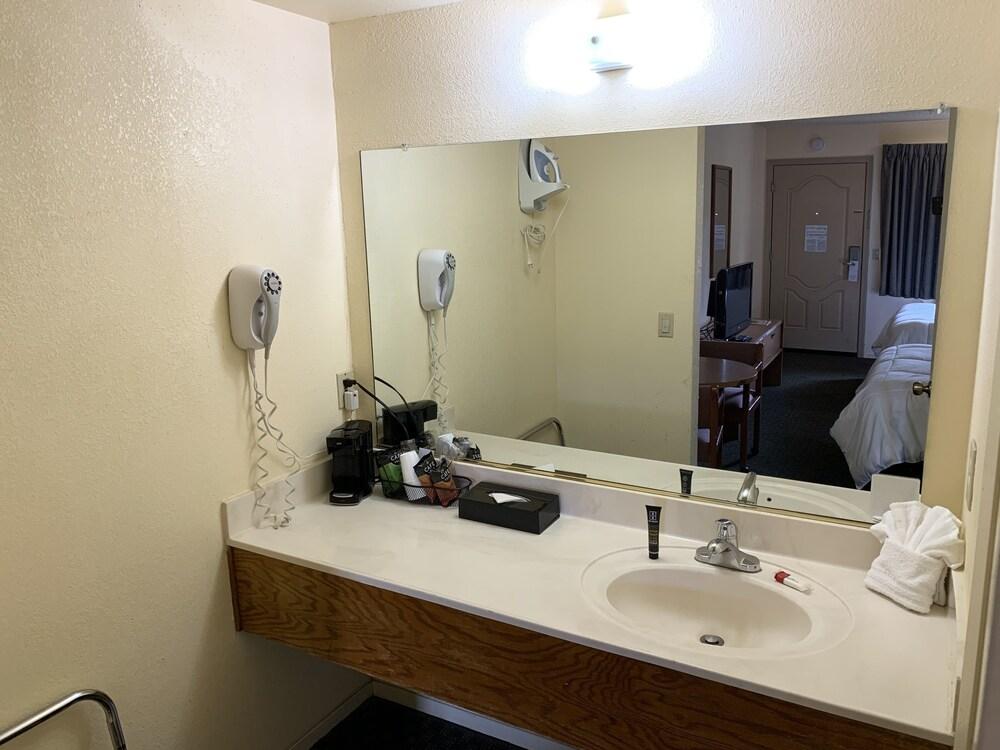 Gallery image of Mission Inn San Luis Obispo