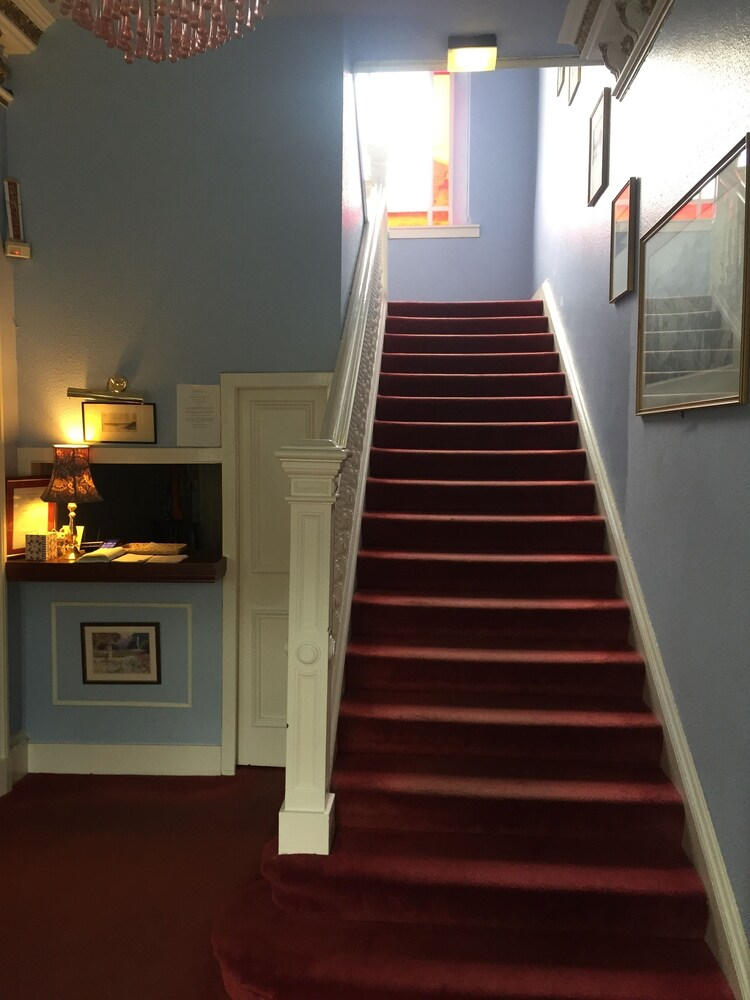 Gallery image of Dorstan Guest House