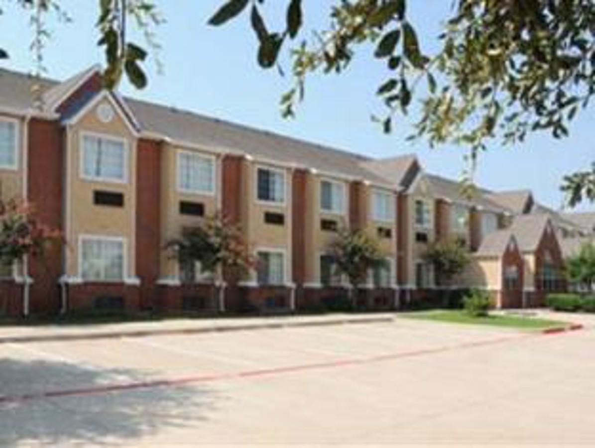Regency Inn & Suites DFW