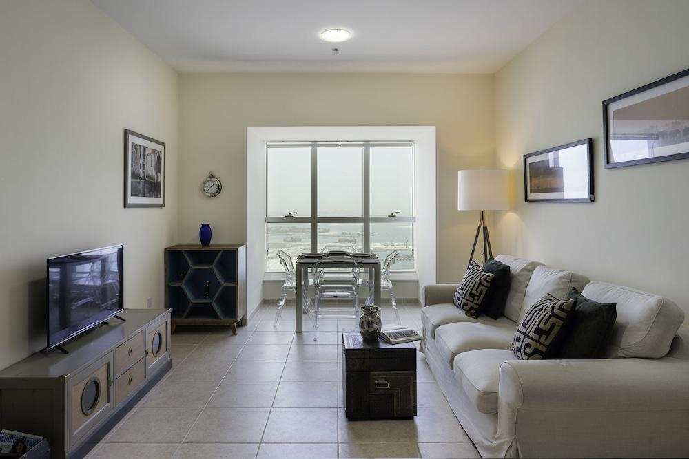 One Perfect Stay Elite Residences