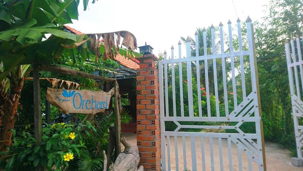 Orchard Fruit Farm Bungalow