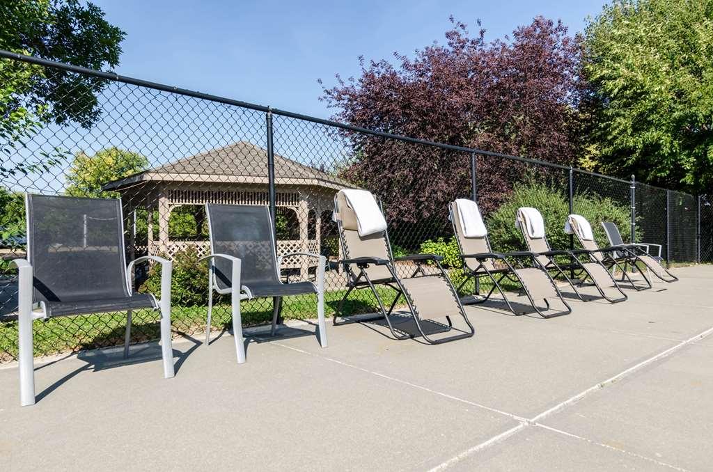 Gallery image of Rodeway Inn Bellevue