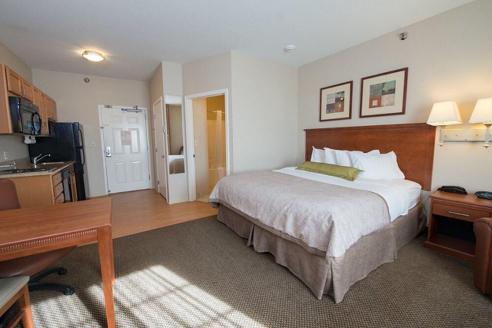 Gallery image of Candlewood Suites Bismarck