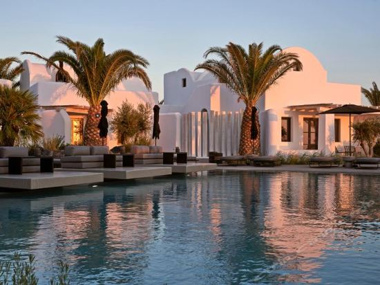 Omma Santorini Hotel