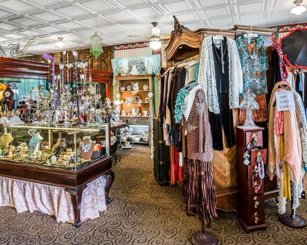 Gallery image of Comfort Inn at Buffalo Bill Village Resort