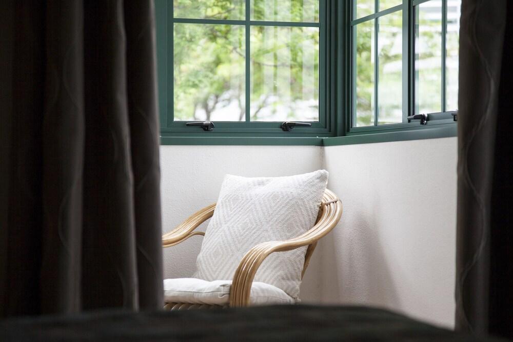 Gallery image of Greenlane Manor Motel