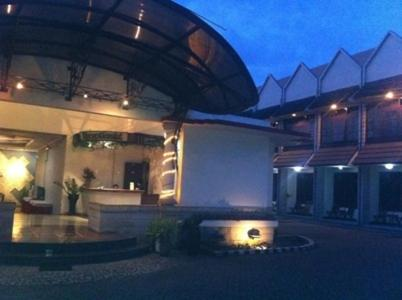Hotel Deals And Late Offers Of Salatiga Hotels In Indonesia