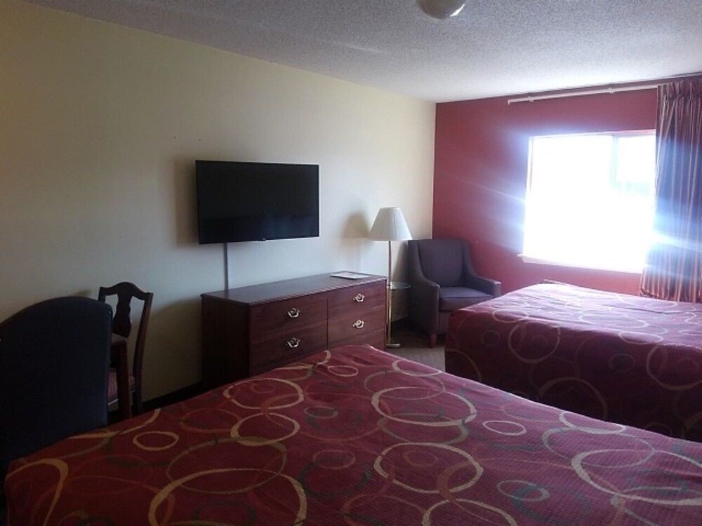 Gallery image of InTown Suites Extended Stay Clarksville