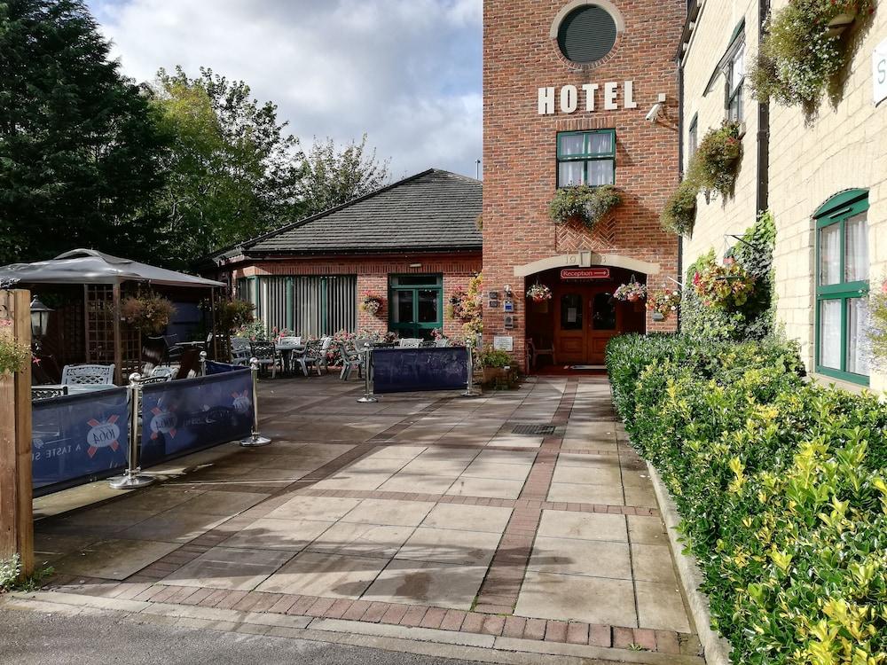 The Corn Mill Lodge Hotel
