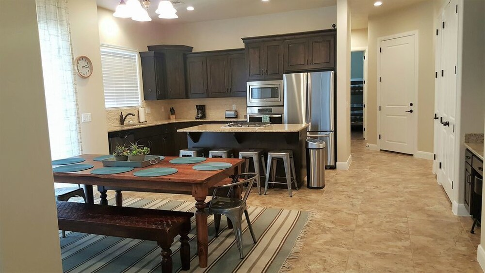 Zion Get Away At Coral Ridge 3 Bedroom Townhouse