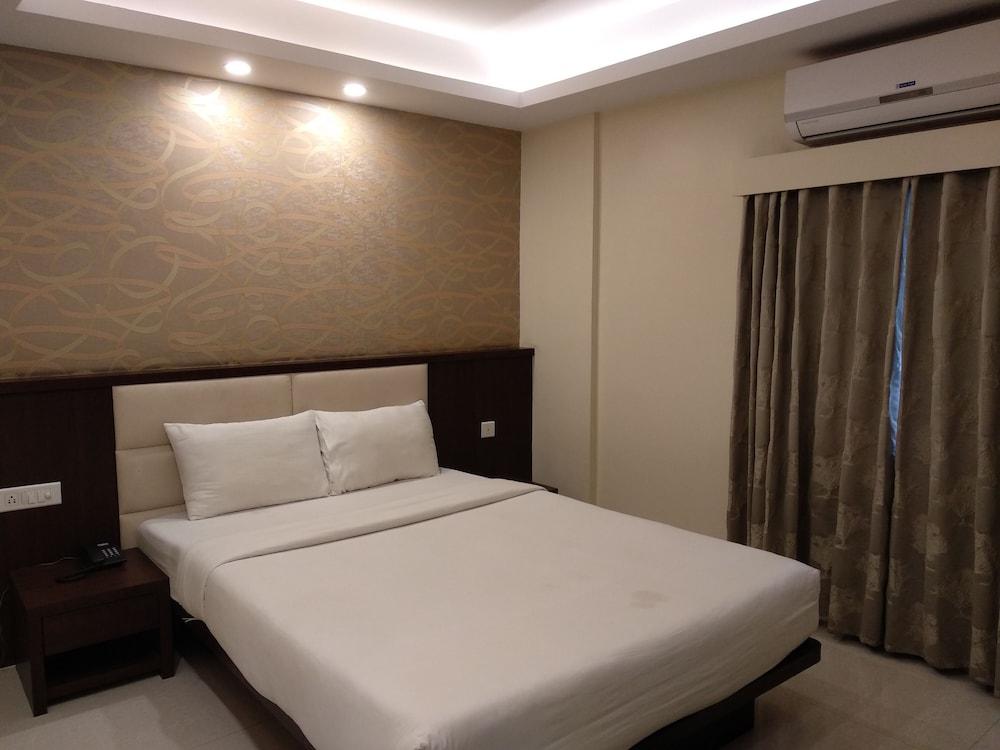 Sonama Residency