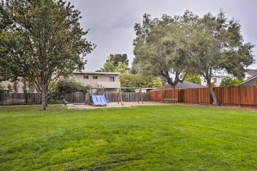 Ideally Located Palo Alto Studio Walk to Cali Ave