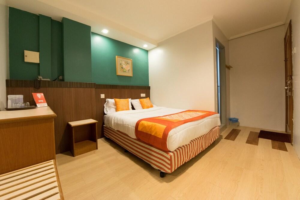 Oyo 111 Hotel China Town Inn