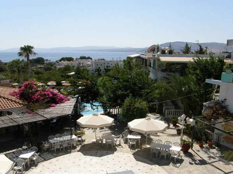 Gallery image of Pefkos Garden