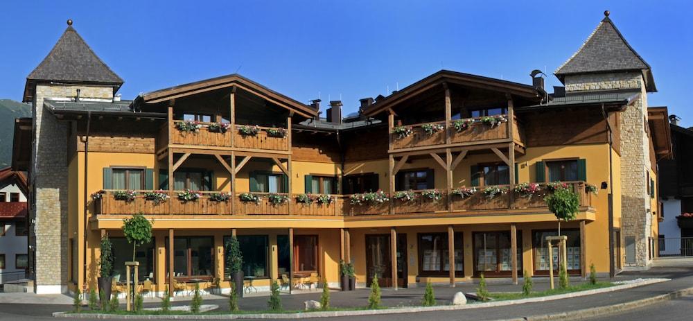 Gallery image of Appartements Torri di Seefeld