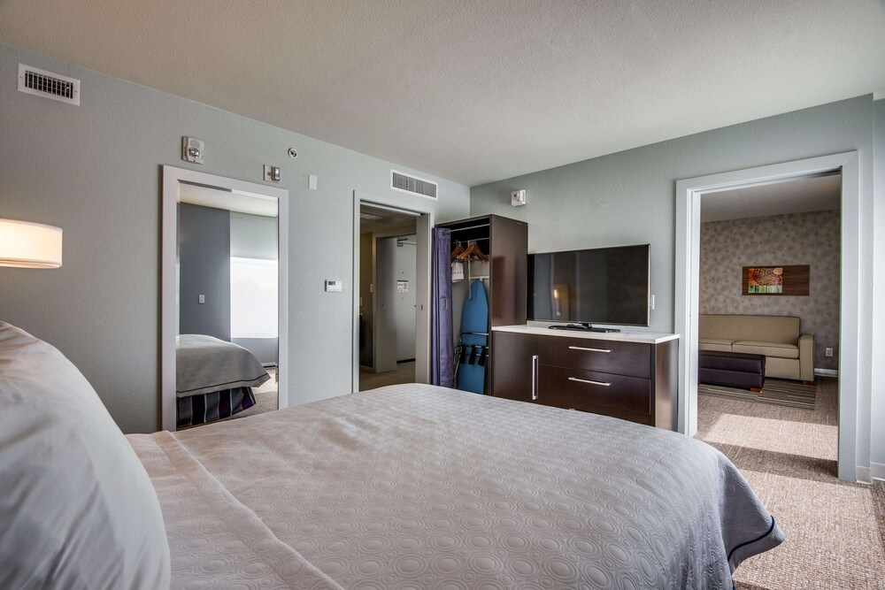 Gallery image of Home2 Suites by Hilton DFW Airport South Irving TX