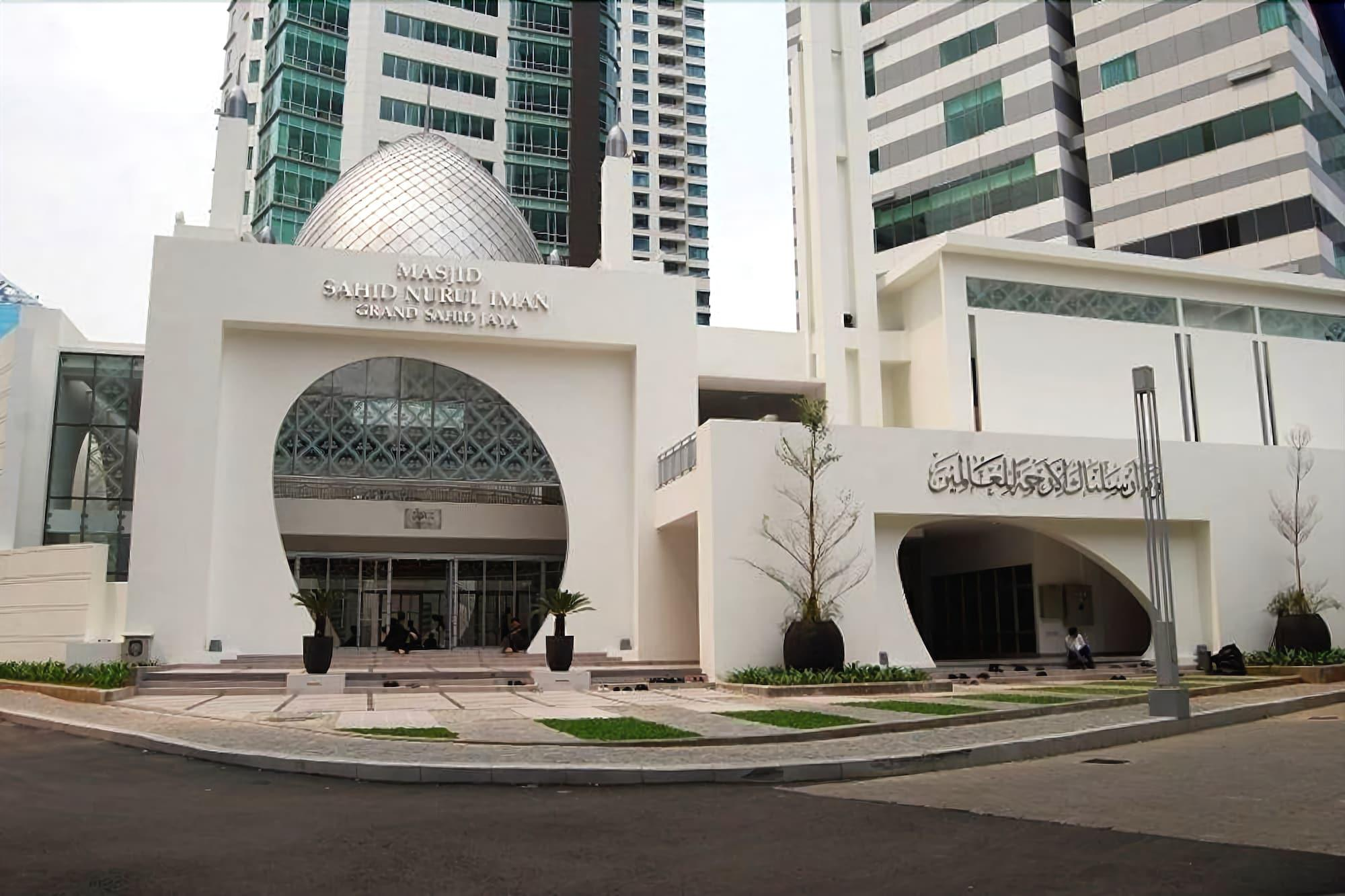 Exclusive 2BR Apartment @ Sahid Sudirman Residence