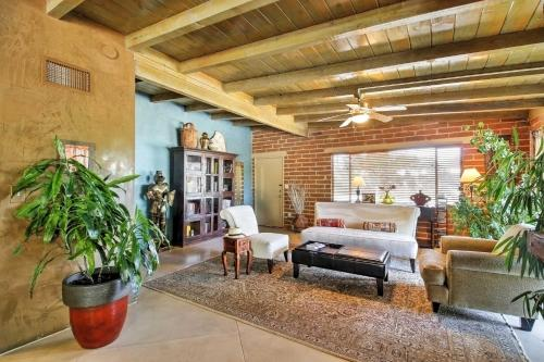 Spacious Tucson Home with Lush Yard Pool and Hot Tub