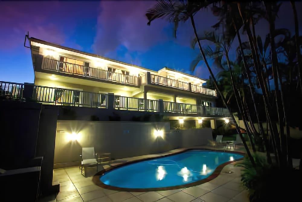 Seaview Manor Exquisite Bed & Breakfast