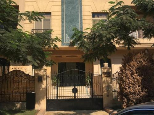 Family Apartment In Al Choueifat Near Downtown.