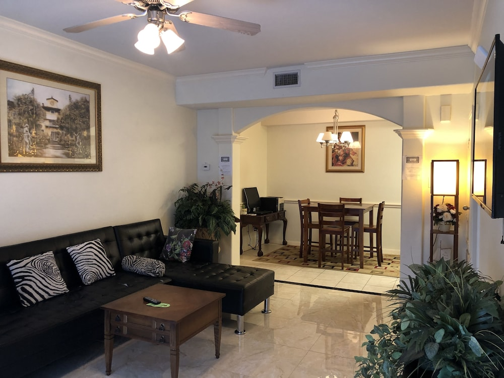 Your Entire Home 2 Rooms Huge King Queen Beds Fully Furnished