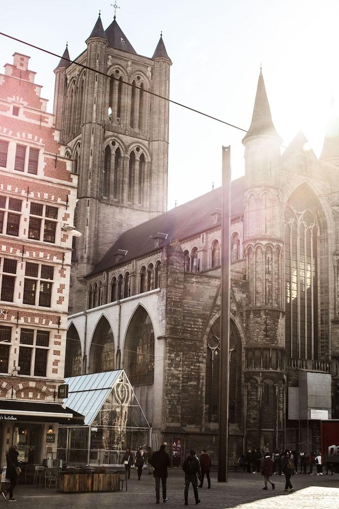 Gallery image of ibis Gent Centrum Opera