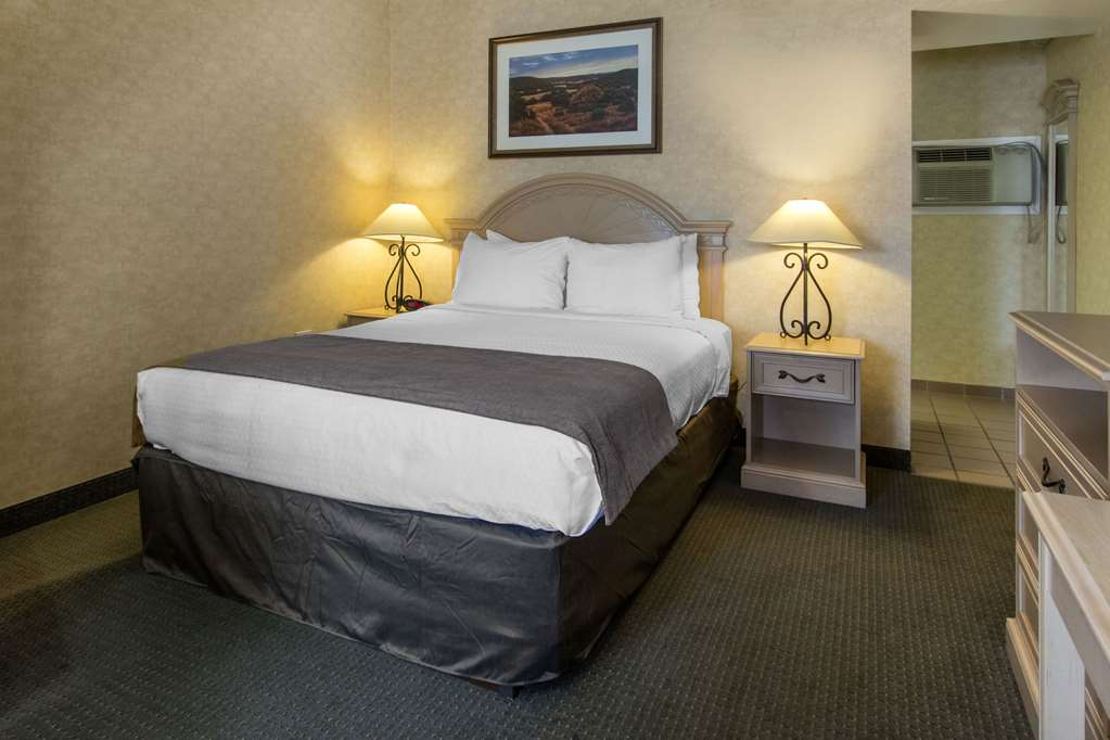 Gallery image of Quality Inn Medicine Hat