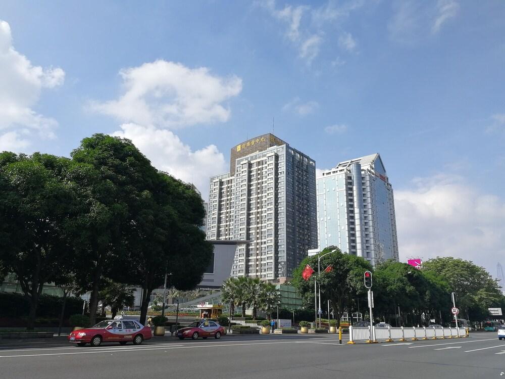 Mamaya Apartment Hotel