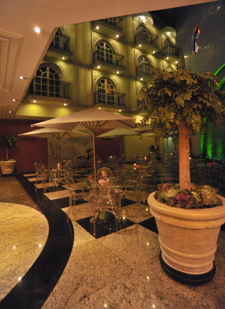 Gallery image of The Green Park Hotel