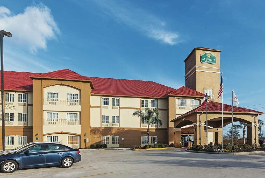 La Quinta Inn & Suites By Wyndham Houston Hobby Airport