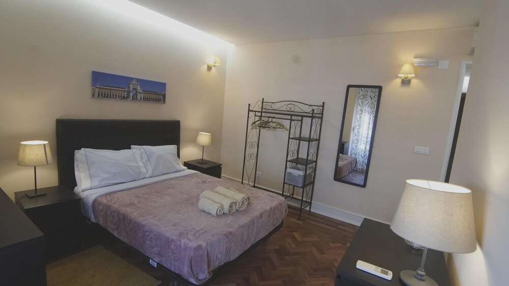 Apartment With 4 Bedrooms in Lisboa With Wonderful City View Balcony and Wifi