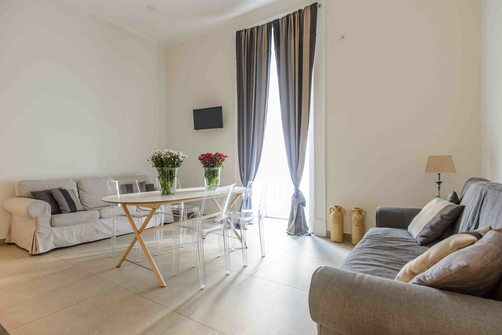 Duomo 64 Apartments