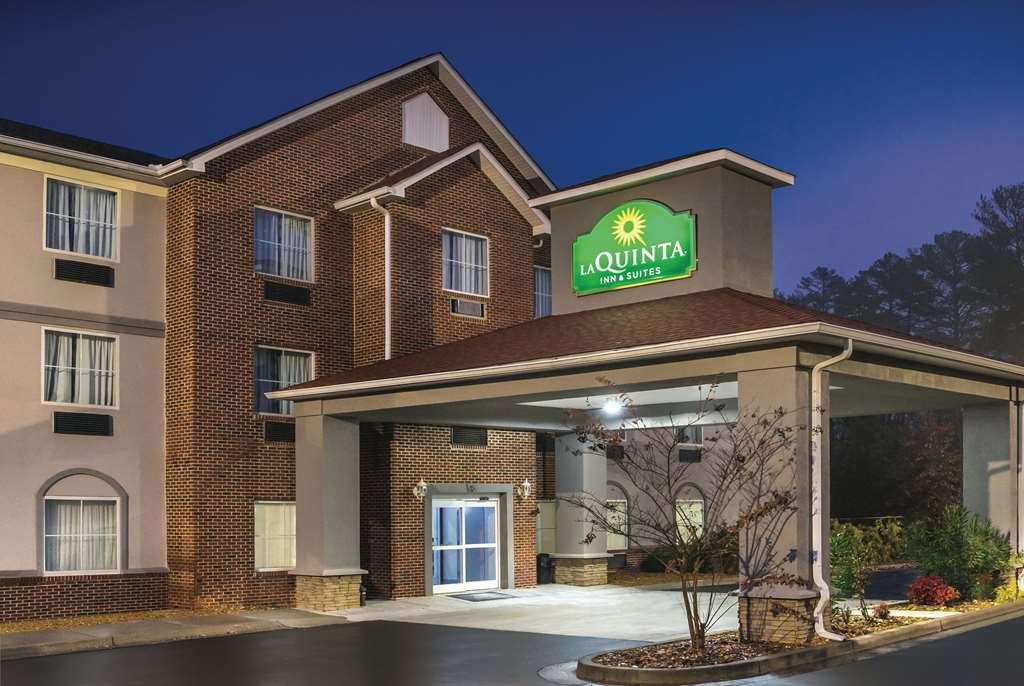 Gallery image of La Quinta Inn & Suites by Wyndham Rome