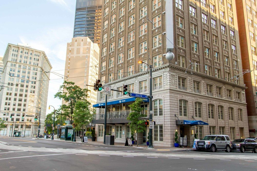 Ellis Hotel Atlanta a Tribute Portfolio Hotel by Marriott