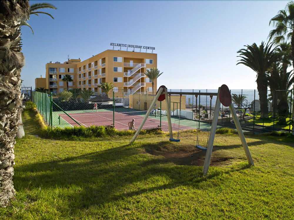 Gallery image of Atlantic Holiday Hotel
