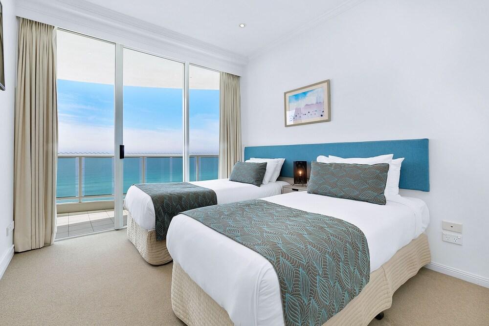 Gallery image of Pacific Views Resort