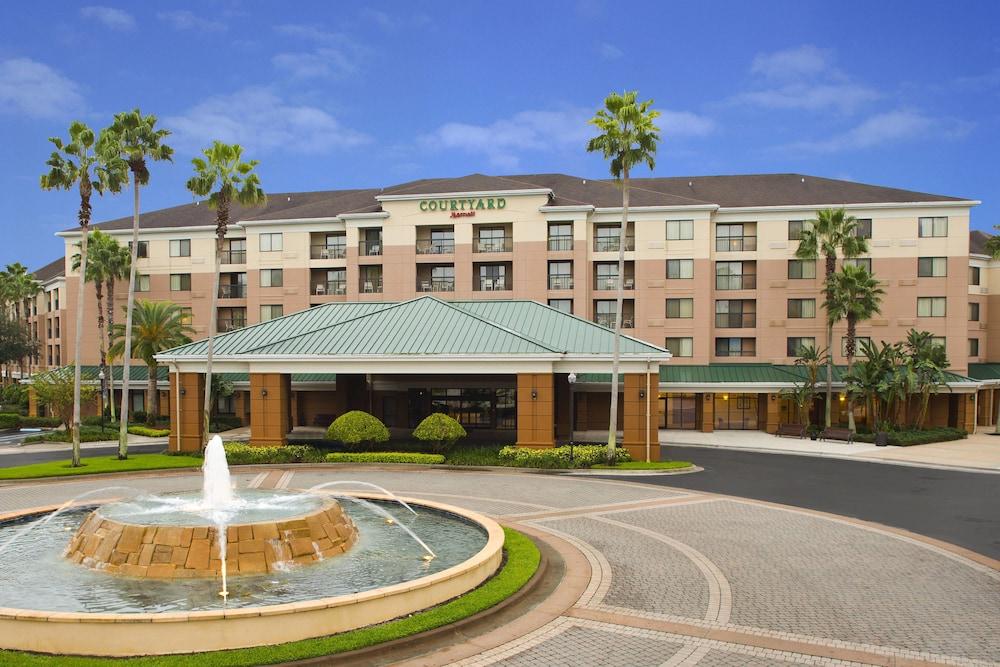 Courtyard by Marriott Orlando Lake Buena Vista in the Marriott Village