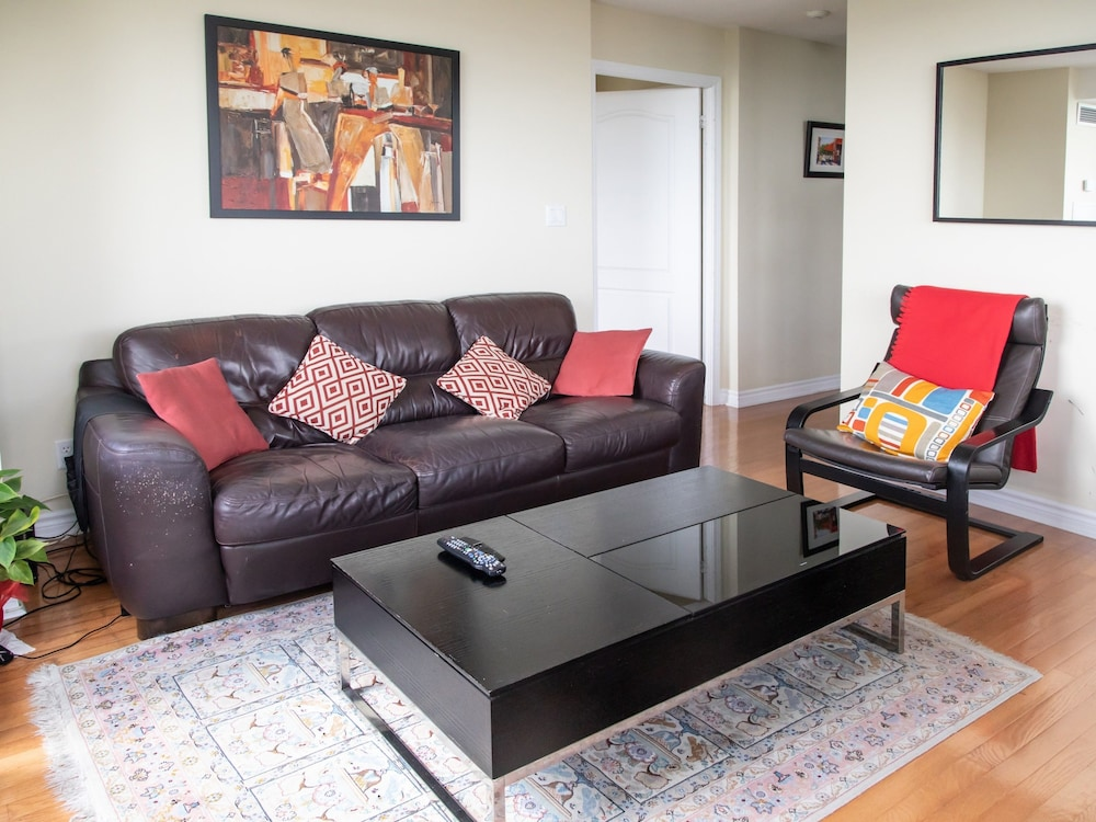 2 Bedroom North York Condo With a Pool and Gym
