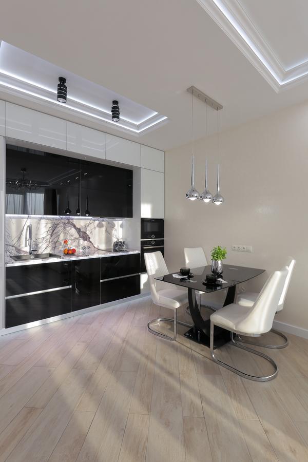 Black&white Apartment In Smart Plaza