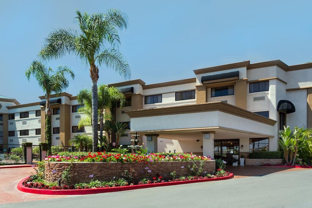 Holiday Inn Santa Ana Orange County Airport